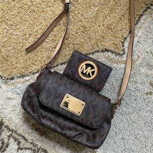 Michael Kors Crossbody bag and mini wallet set